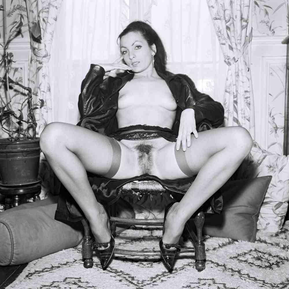 секс фото в чулках ссср-фв1